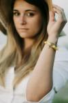 Sextan jaune fil jaune bracelet marin français Femme 420 x 630 - CP Pit-n.com - Jeremy Froeliger